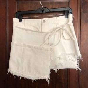 Brand new Sandy Liang Perry shorts/skirt